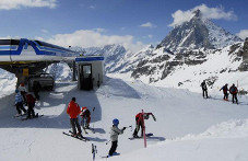 Skiing in Breuil - Cervinia