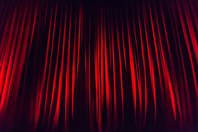 "Spettacolo teatrale ""Mucche ballerine"" thumbnail"