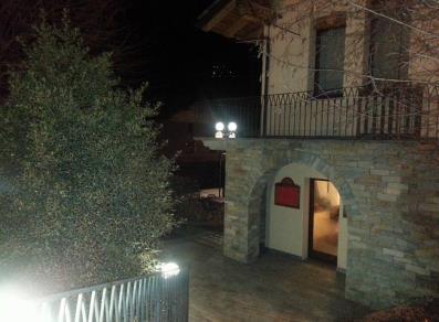 Appartamento n 21 valle d 39 aosta for Appartamenti con una camera da letto con garage