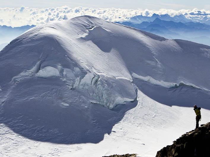Giardino botanico alpino paradisia valle d 39 aosta - Giardini di montagna foto ...