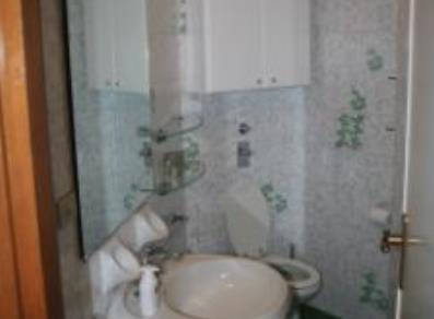 Nuova casa vacanze 3 camere 2 bagni valle d 39 aosta for Appartamenti vacanze privati