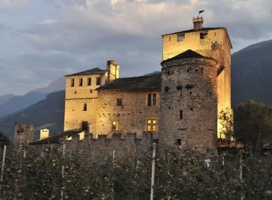 Castello Sarriod deLa Tour