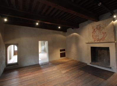 Drawing room  with coat of arms on the chimney