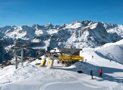 Chamois ski lift facilities